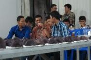 Selesai ibadah jemaat dapat menikmati ubi ungu dengan teh manis di Sopo Godang.
